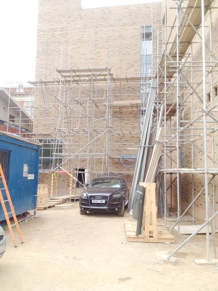 commercial-domestic-scaffolding-london-surrey-12