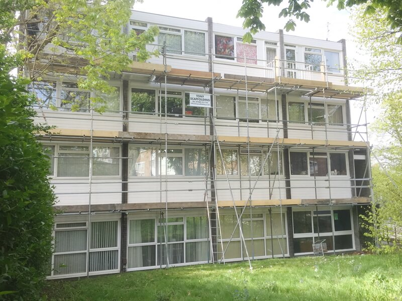 commercial-domestic-scaffolding-london-surrey-36